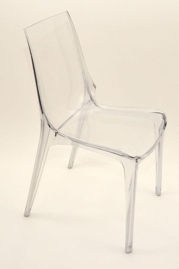 krzesła-transparentne--wyanjem-warszawa-600x902