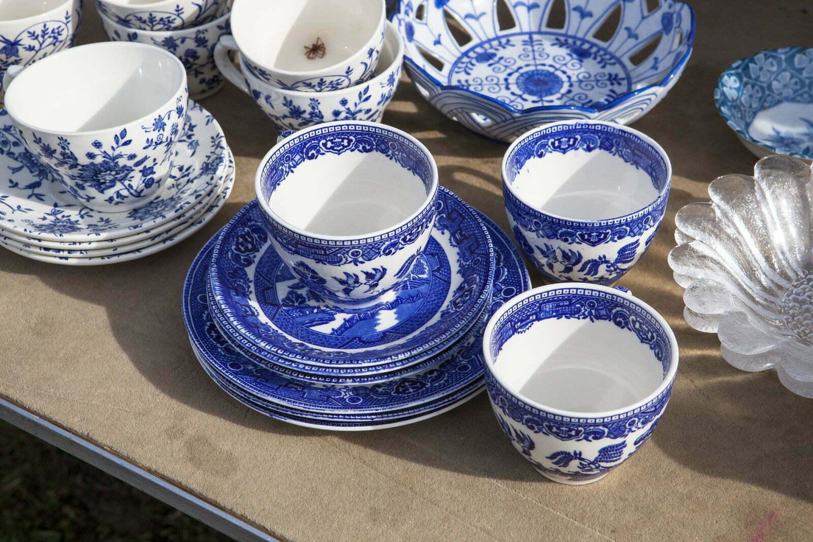 Porcelanowa zastawa stołowa – symbol elegancji i stylu