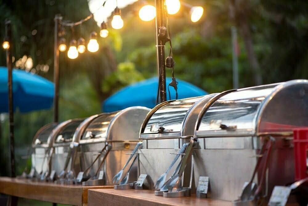 Jak utrzymać ciepło potraw w trakcie imprez plenerowych?