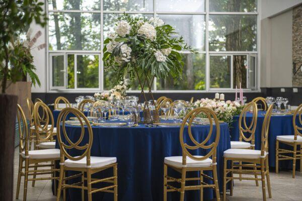 2 600x400 - Krzesło weselne Phoenix złote +poduszka glam